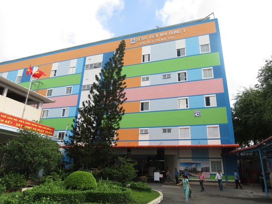 Bệnh viện Nhi Đồng 1 thêm khu điều trị, đăng ký khám bệnh qua app - Ảnh 1.