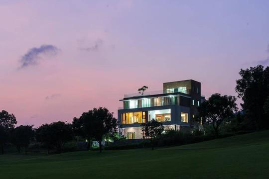 6 biệt thự view đẹp gần Hà Nội, phù hợp đoàn đông người - Ảnh 13.