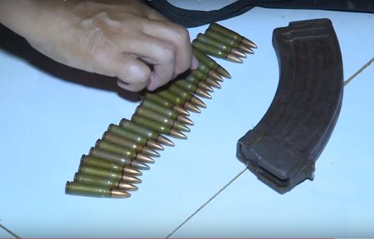 Nghi án bắn người tình rồi tự sát: Điều tra nguồn gốc súng quân dụng - ảnh 4
