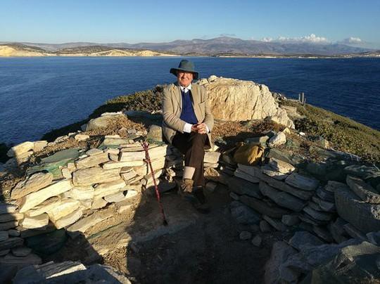 Cận cảnh kim tự tháp 4.600 năm nổi giữa biển Hy Lạp - Ảnh 6.
