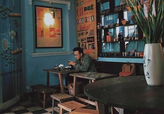 Truy lùng những quán cà phê giúp bạn tìm lại thanh xuân ở TP HCM - Ảnh 22.