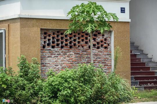 Hàng trăm căn biệt thự hiện đại kiểu Pháp bị bỏ hoang 12 năm - Ảnh 9.