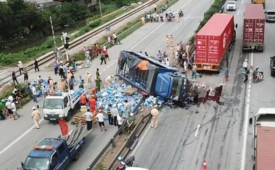 Vụ 7 người thương vong do đứng xem tai nạn: Đừng đổ hết lỗi cho nạn nhân! - ảnh 2