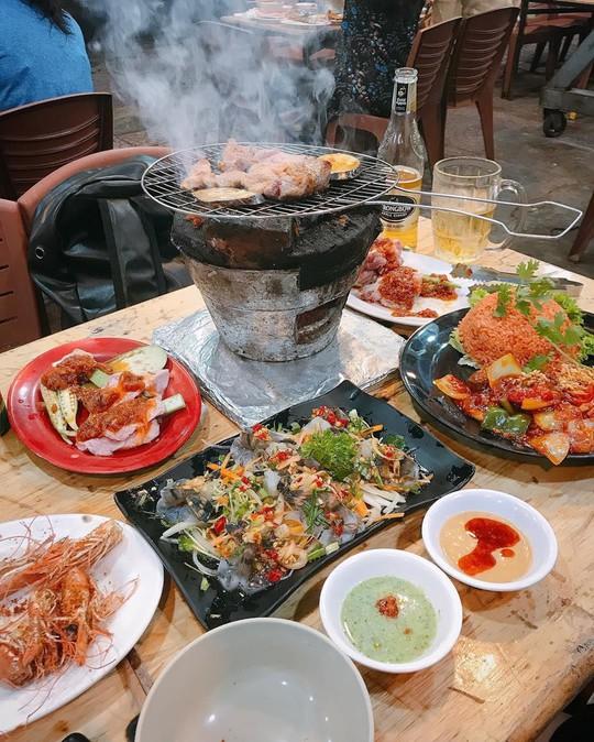 Truy lùng 6 khu ẩm thực về đêm ở TP HCM - Ảnh 18.