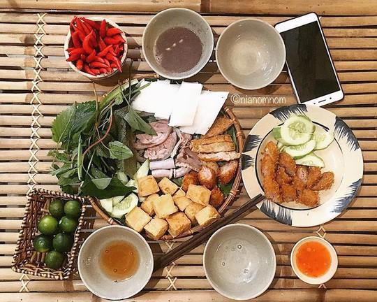 Truy lùng 6 khu ẩm thực về đêm ở TP HCM - Ảnh 3.
