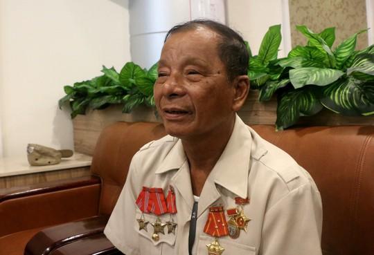 Bí mật hình xăm trên cánh tay người cựu tù binh Côn Đảo - Ảnh 1.
