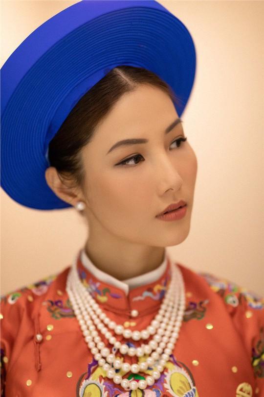 Showbiz Việt: Vướng lùm xùm là bị tẩy chay! - Ảnh 2.