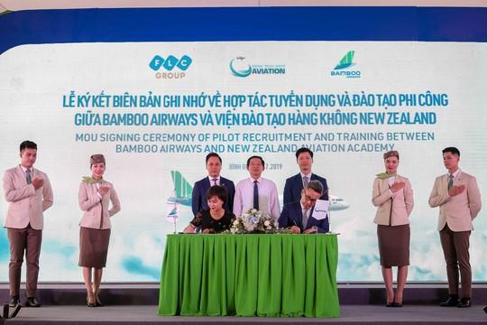 Chính thức khởi công xây dựng Viện đào tạo Hàng không Bamboo Airways - Ảnh 2.