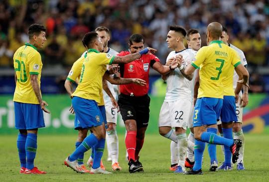 Quật ngã á quân Argentina, Brazil vào chung kết Copa America - Ảnh 2.