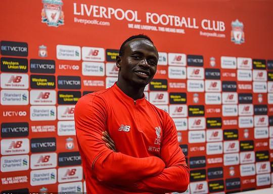 Sao Liverpool hủy kỳ nghỉ hè, xây trường học và bệnh viện ở Senegal - Ảnh 6.