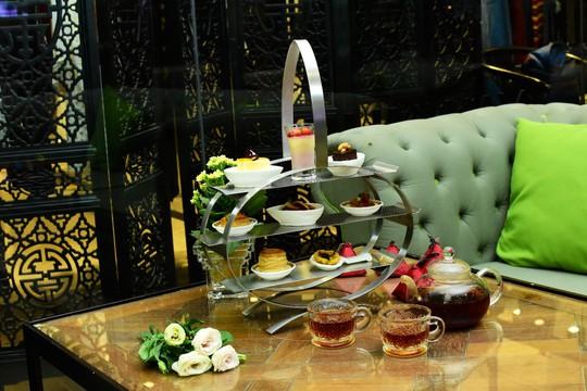 Thưởng thức trà chiều tại Rex SaiGon Hotel - Ảnh 2.