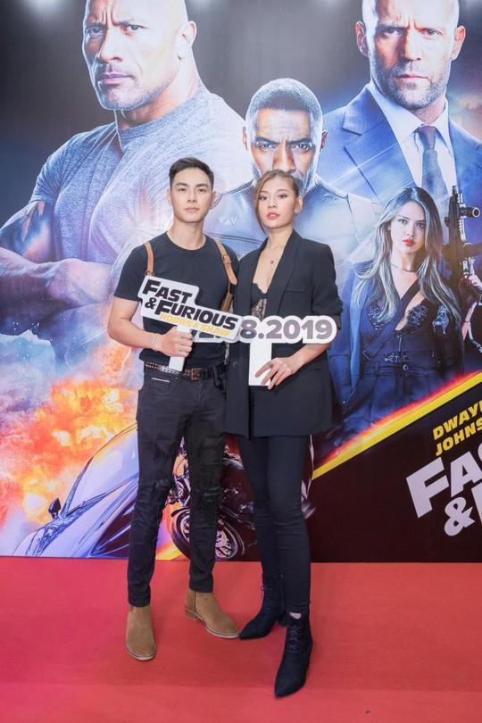 Sao Việt đọ sắc tại buổi ra mắt phim bom tấn của The Rock - Ảnh 7.