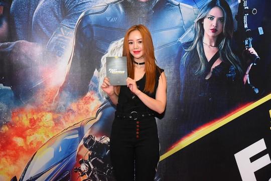 Sao Việt đọ sắc tại buổi ra mắt phim bom tấn của The Rock - Ảnh 16.