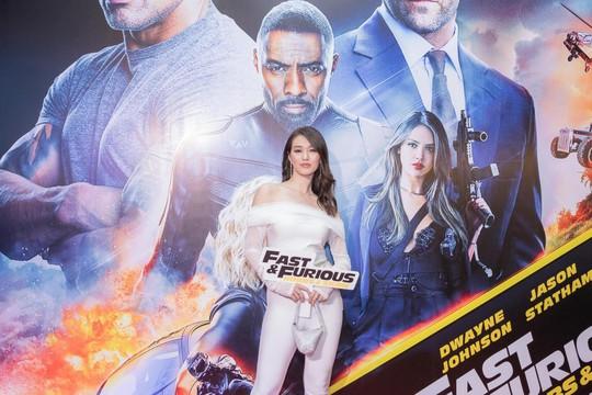 Sao Việt đọ sắc tại buổi ra mắt phim bom tấn của The Rock - Ảnh 4.
