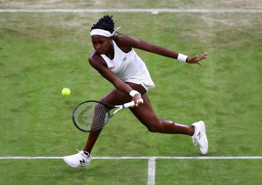 Nữ tay vợt 15 tuổi vào vòng 3 Wimbledon - Ảnh 4.
