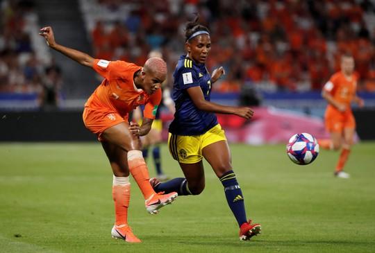 Hà Lan vào chung kết World Cup nữ nhờ bàn thắng vàng - Ảnh 6.