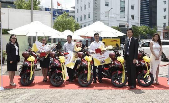 Tập đoàn Hoa Sen trao thưởng Mua Ống nhựa Hoa Sen – Trúng ô tô Camry kỳ 1 - Ảnh 3.