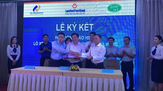 LienVietPostBank phối hợp cung cấp dịch vụ bảo hiểm xe buýt tại Đà Nẵng - Ảnh 1.