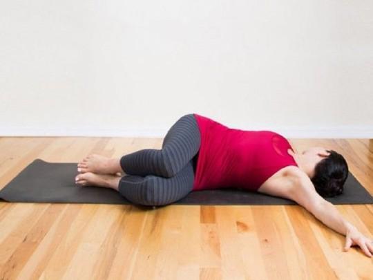 Những bài tập giảm mỡ bụng tại nhà cho chị em chẳng cần đến phòng gym - Ảnh 4.