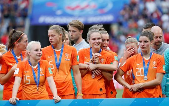 Tuyển nữ Mỹ giữ vững ngôi vương World Cup - Ảnh 1.