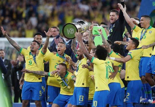 Thẻ đỏ, phạt đền, Brazil giành hết vinh quang Copa America - Ảnh 15.