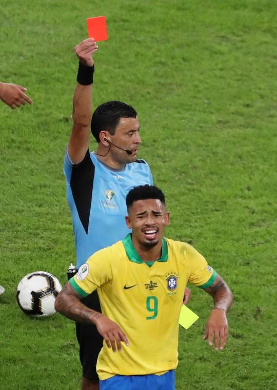 Thẻ đỏ, phạt đền, Brazil giành hết vinh quang Copa America - Ảnh 11.