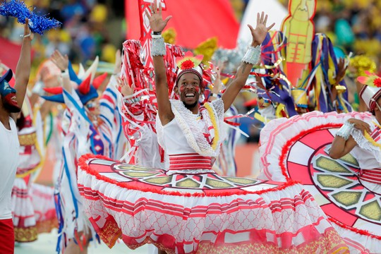 Thẻ đỏ, phạt đền, Brazil giành hết vinh quang Copa America - Ảnh 1.