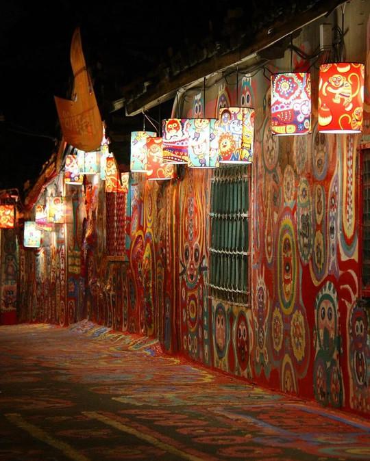 Làng Cầu Vồng - nơi cất giữ sắc màu và ký ức hoài niệm của xứ Đài - Ảnh 16.