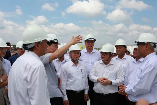 Bộ trưởng Nguyễn Xuân Cường đến thăm chuỗi sản xuất thịt gà xuất khẩu của C.P. Việt Nam tại Bình Phước - Ảnh 3.
