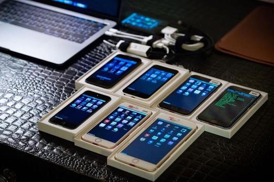 Chiếc iPhone đặc biệt nhất thế giới, được chính Apple jailbreak - Ảnh 2.