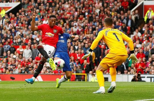 Phản công siêu đỉnh, Man United hạ nhục Chelsea ở Old Trafford - Ảnh 4.