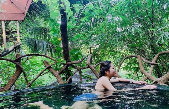 Tắm tiên thả ga tại suối khoáng nóng đẹp quên lối về ở Đà Nẵng - Ảnh 11.