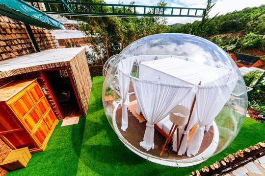 Khách sạn bong bóng trong suốt đẹp tựa Bali vừa xuất hiện ở Đà Lạt - Ảnh 2.