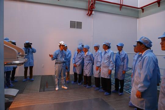 VNPT khánh thành nhà máy sản xuất sợi quang đầu tiên của khu vực Đông Nam Á - Ảnh 2.