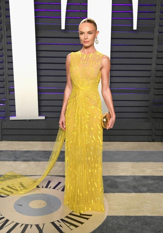 Công Trí được mời diễn tại New York fashion week 2020 - Ảnh 2.