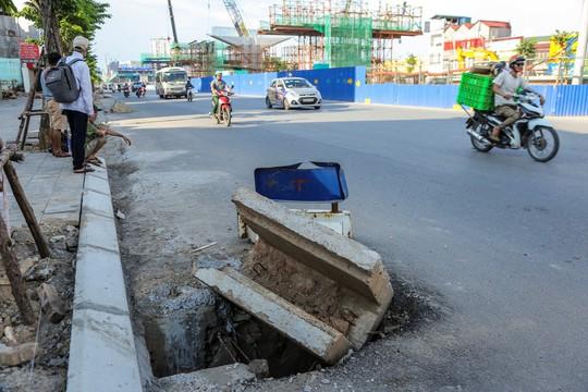 """Những """"chiếc bẫy"""" chết người rình rập trên đường Phạm Văn Đồng - Ảnh 5."""
