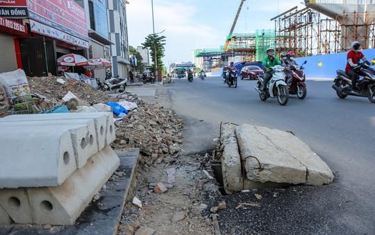 """Những """"chiếc bẫy"""" chết người rình rập trên đường Phạm Văn Đồng - Ảnh 8."""