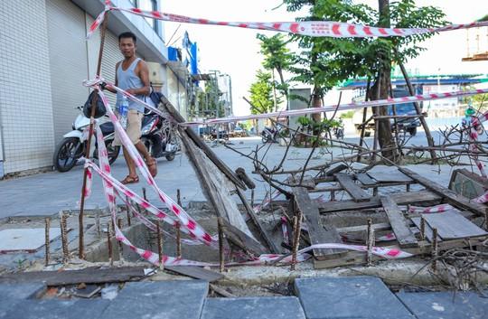 """Những """"chiếc bẫy"""" chết người rình rập trên đường Phạm Văn Đồng - Ảnh 10."""