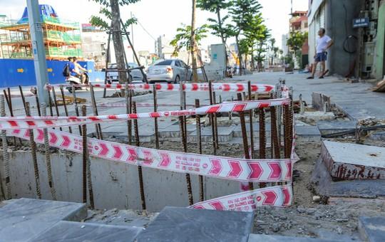 """Những """"chiếc bẫy"""" chết người rình rập trên đường Phạm Văn Đồng - Ảnh 12."""