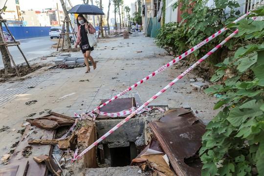 """Những """"chiếc bẫy"""" chết người rình rập trên đường Phạm Văn Đồng - Ảnh 14."""