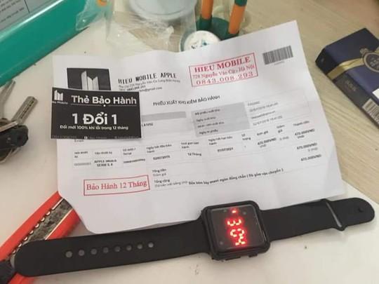 Mua iPhone XS Max 290.000 đồng trên Facebook nhận được cục gỗ tại VN - Ảnh 2.