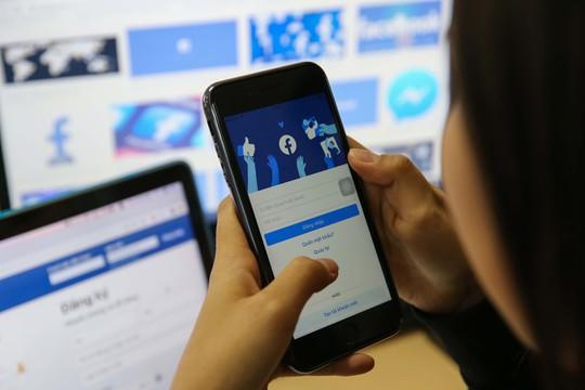 Facebook sẽ gỡ bỏ những tài khoản không sử dụng tên thật - Ảnh 1.