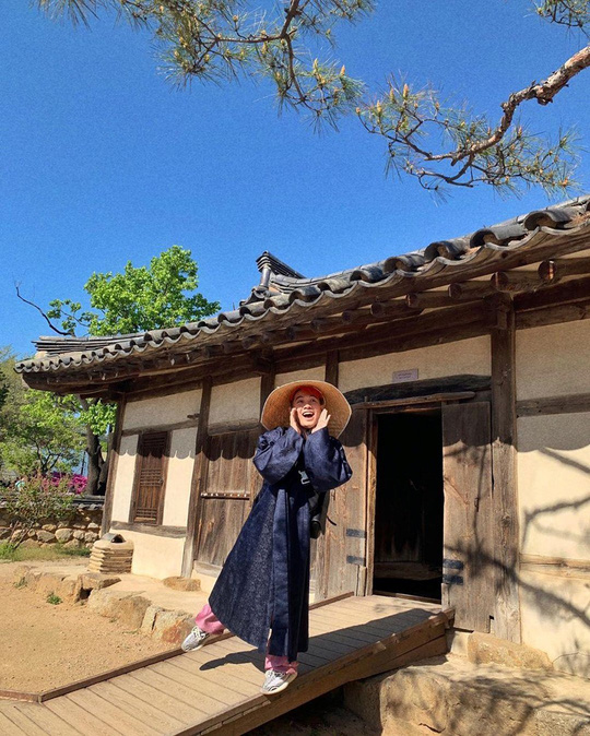 Cung điện nổi tiếng xứ Hàn trong ảnh check-in của hot girl, sao Việt - Ảnh 3.