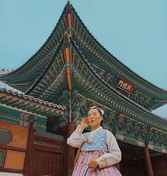 Cung điện nổi tiếng xứ Hàn trong ảnh check-in của hot girl, sao Việt - Ảnh 5.