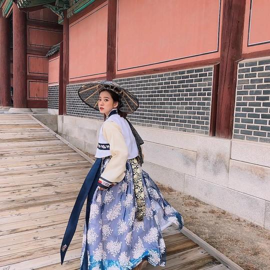 Cung điện nổi tiếng xứ Hàn trong ảnh check-in của hot girl, sao Việt - Ảnh 8.