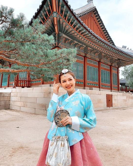 Cung điện nổi tiếng xứ Hàn trong ảnh check-in của hot girl, sao Việt - Ảnh 9.