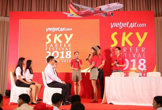"""Vietjet Thailand là """"Thương hiệu tuyển dụng tốt nhất châu Á 2019"""" - Ảnh 1."""