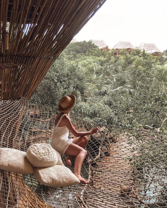 Khu nghỉ dưỡng cheo leo trên cây, cấm du khách dưới 18 tuổi - Ảnh 4.