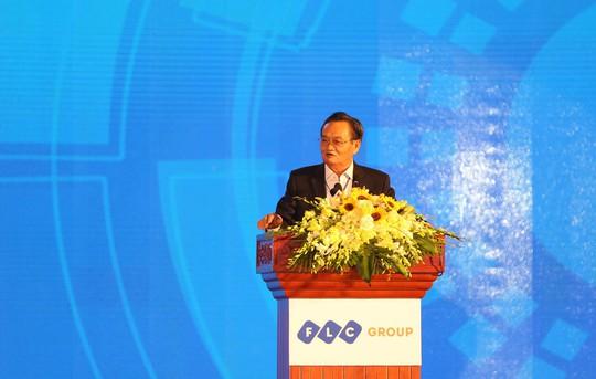 TS Trần Du Lịch: Miền Trung chậm thủ tục đầu tư một ngày là nghèo thêm một năm - Ảnh 3.