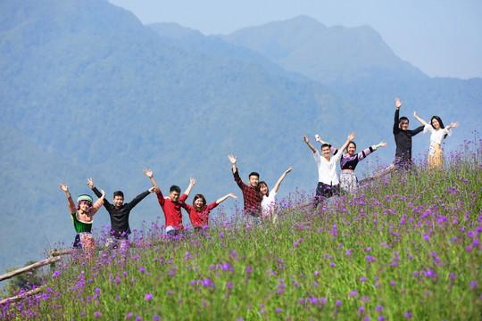 Những hạnh phúc nảy mầm nơi đỉnh trời Fansipan - Ảnh 4.